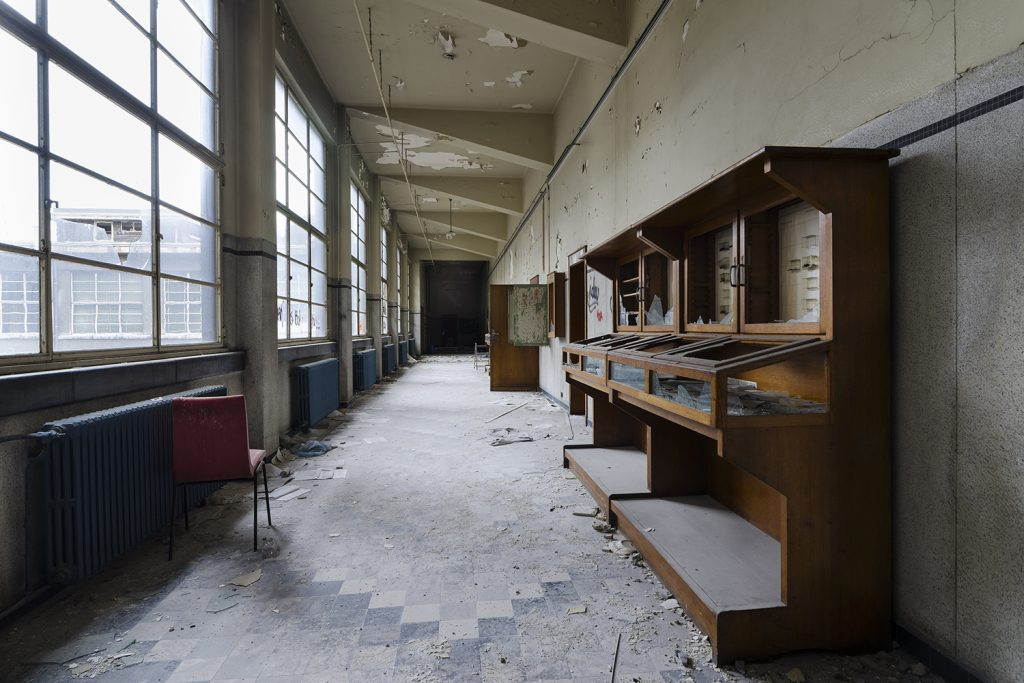 Modernist architecture in a abandoned school in Belgium
