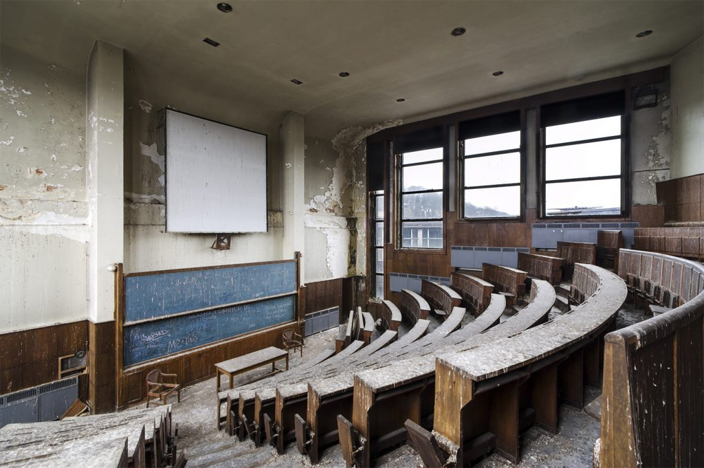 auditorium of the abandoned university site val benoit